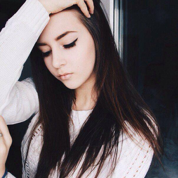 Красивые фото девушек на аву вконтакте